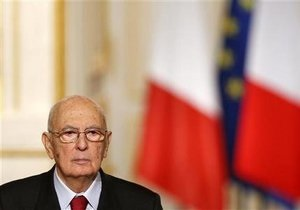 Президент Италии распустил парламент
