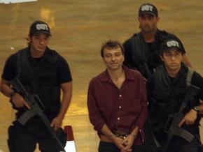 Италия может разорвать дипотношения с Бразилией из-за левого экстремиста