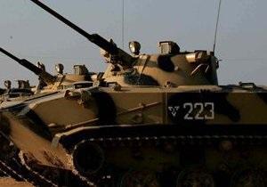 В России офицер на танке случайно задавил призывника