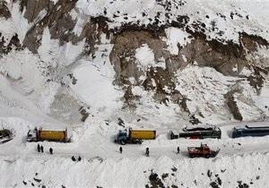 В Афганистане при взрыве грузовика погибли более 30 человек