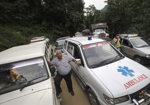 Новости Индии - праздник Кумбх Мела -давка в Индии - В Индии более 20 человек погибли в давке на железнодорожной станции