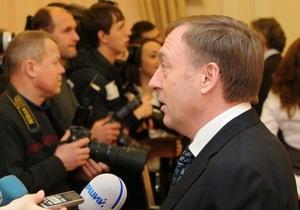 Лавринович прокомментировал информацию об использовании им краденого автомобиля
