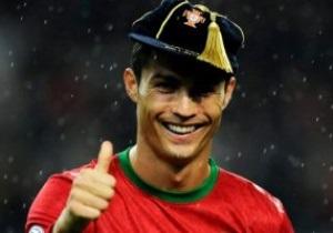 UEFA наградил Роналду ценной кепкой