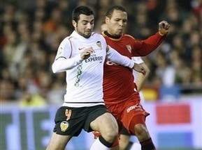 Ливерпуль нацелился на защитника Валенсии