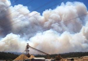 Тушивший лесные пожары в Австралии самолет рухнул, спровоцировав новое возгорание