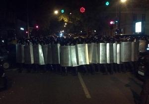 Фотогалерея: Одесский бунт. Задержание Маркова обернулось штурмом здания МВД