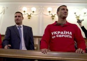 Виталий Кличко опроверг немецкое гражданство своего брата