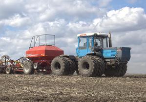 Украинский тракторный гигант заявил, что решил проблемы российских поставщиков на таможне
