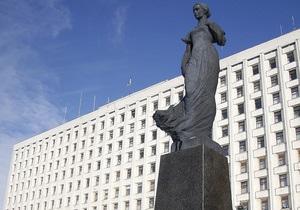 Центризбирком зарегистрировал первых 19 кандидатов на перевыборах в пяти округах
