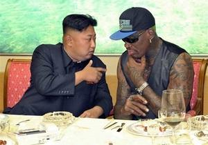 Баскетболист Родман - Жизнь Ким Чен Уна похожа на  первоклассную вечеринку . Деннис Родман побывал на личном острове лидера КНДР