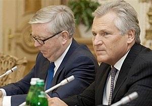 Кокс и Квасьневский срочно едут в Украину
