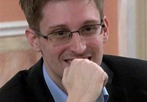 Сноуден заявил, что не привозил в Россию секретные материалы