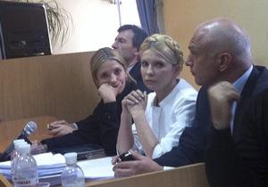 Муж Тимошенко призвал Януковича освободить экс-премьера