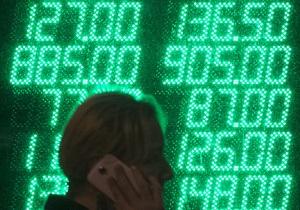 В борьбе с долларом Нацбанк вводит очередное требование по продаже валюты