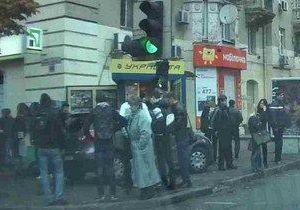 новости Днепропетровска - ДТП - пешеходы - В центре Днепропетровска водитель выехал на тротуар, сбив троих пешеходов