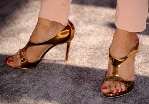 Антиисламистам запретили использовать обувь Louboutin