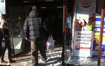 Резонансное убийство спровоцировало волнения на юге Москвы: толпа разгромила торговый центр