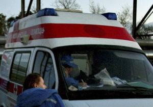 Во Львовской области автобус с двумя десятками детей попал в ДТП, врезавшись в дерево