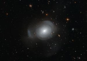 Новости науки - космос: Европейские астрономы нашли галактику-розу