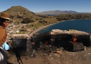 На дне озера Титикака обнаружили сокровища инков