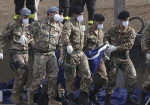 Стена трупов. Итальянские водолазы обнаружили новые тела в затонувшем у берегов Лампедузы судне