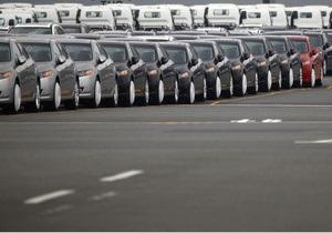 Автоимпортеры не спешат растамаживать ввезенные  в Украину авто, уповая на отмену утильсбора