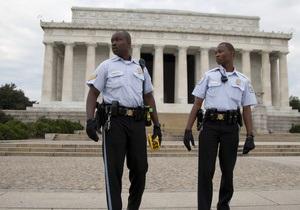 Закрытие госучреждений в США: В сенате опасаются вербовки отставленных работников спецслужб и терактов