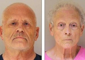 В США пожилая пара обвиняется в убийстве детей и бывших супругов