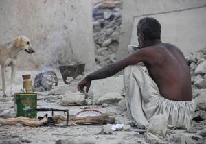 Землетрясение - Количество погибших в результате землетрясения в Пакистане превысило 50