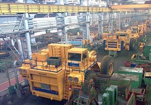 Белорусы создали самый большой в мире самосвал массой 810 тонн