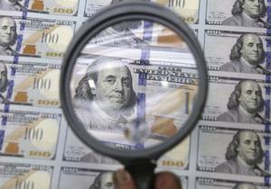 Доллар возвращается на вершину межбанковского рынка