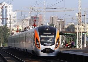 Укрзалізниця намерена ощутимо сократить число ночных поездов - билеты на поезд