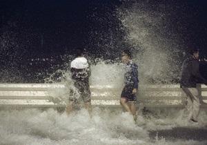 Тайфун Усаги: число жертв растет