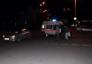 новости Луганска - СМИ: В Луганске пьяный сын судьи на BMW Х5 сбил девушку и пытался скрыться