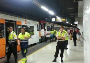 В Барселоне столкнулись пригородные поезда