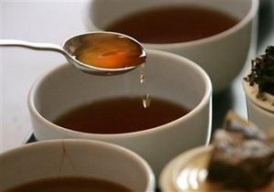 Индийца арестовали за  подозрительное  распитие чая