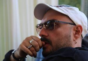 Режиссер фильма о Чайковском заявил, что российский Фонд кино отказался финансировать ленту из-за гомосексуальности композитора