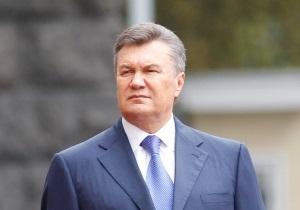 Янукович и Азаров поприсутствовали в Раде на присяге судьи КС