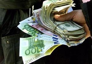 Доллар пробил психологическую отметку на межбанке