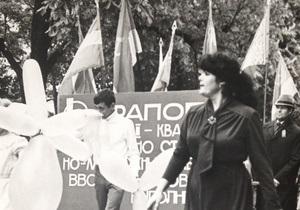 Вспоминая 70-е. Версаль по-советски, миловидные пионеры и командир полка под  сраным знаменем