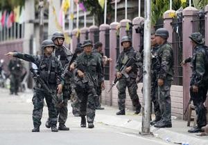 Вооруженный конфликт на Филлипинах: исламисты держат в блокаде часть города, задействованы силы ВВС
