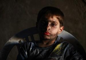 Фотогалерея: Ребенок войны. Десятилетний мальчик собирает оружие для сирийских повстанцев