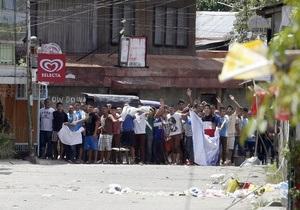 На Филиппинах исламисты атаковали солдат, прикрывшись заложниками