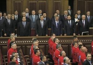 Рада - самолет - Недешевые полеты: Во сколько обходятся перелеты украинских парламентариев