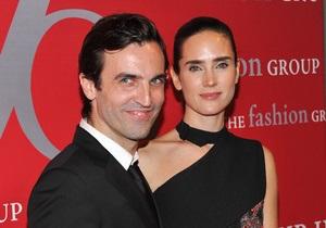 Balenciaga требует от дизайнера Николя Гескьера 7 млн евро