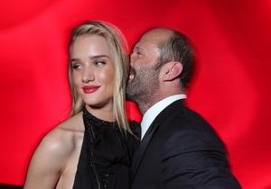 Модель Victoria s Secret рассталась со Стэтхэмом из-за разницы в возрасте