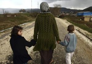 Около восьми тысяч сирийских беженцев получат право на постоянное проживание в Швеции