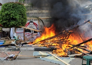 В Египте возобновились столкновения между сторонниками и противниками Мурси