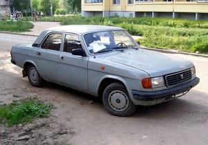 На зимние шины для авто Януковича потратят треть миллиона, на обслуживание Газели Энергоатома - 0,6 млн грн
