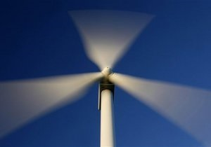 Немецкие энергогиганты борются за выживание из-за бума в альтернативной энергетике